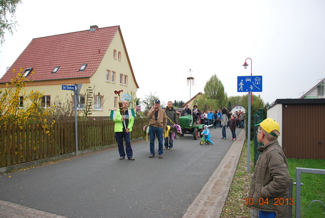 maibaumstellen-2013-1
